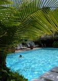 La fille de natation Photographie stock