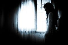 La fille mystérieuse étrange Photographie stock libre de droits