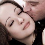 La fille obtient un baiser Photos libres de droits