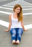 La fille sur la route Image stock