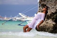 La fille sur une plage Image libre de droits