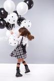 La fille vêtx la petite mode d'anniversaire de ballonnets de collection Image libre de droits