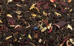 la fin aromatique de noir laisse la texture de thé vers le haut Image stock