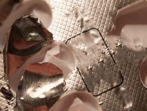 La fin du paquet d'aluminium de paracétamol ouvert vident utilisé photos stock