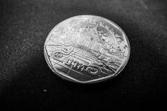 La fine su della baht tailandese della moneta 5 immagine stock libera da diritti