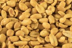 La fine sul mucchio ha aromatizzato le arachidi fotografia stock libera da diritti