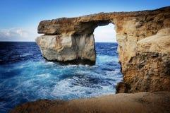 La finestra azzurrata, isola di Gozo Immagine Stock