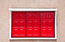 La finestra rossa della casa di joss Immagine Stock Libera da Diritti