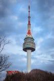 La flèche de la tour de N Séoul, ou tour de Namsan Image libre de droits