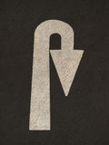 La flecha del Grunge firma el camino Fotos de archivo