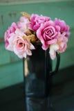 La flor artificial Imágenes de archivo libres de regalías