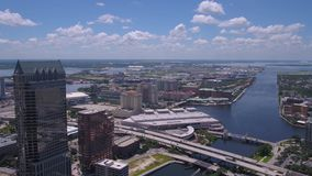 La Florida Tampa julio de 2017 aéreo Sunny Day 4K inspira 2 almacen de video