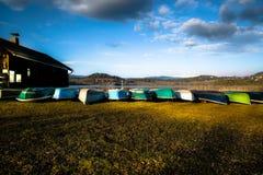 La flotta veloce del lago immagini stock