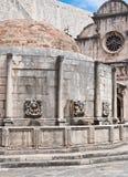 La fontaine d'Onofrio dans l'héritage Dubrovnik de l'UNESCO Images stock