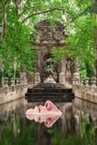 La fontaine de Medici aux jardins du Luxembourg, Paris, France Photographie stock