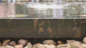 La fontaine Hanseatic dans Velikiy Novgorod, Russie banque de vidéos