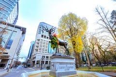 La fontana bronzea degli alci fra Chapman e Lownsdale quadra dentro giù Immagini Stock Libere da Diritti