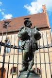 La fontana dell'uomo dell'oca a Norimberga Germania Immagini Stock Libere da Diritti