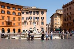La fontana di Nettuno alla piazza Navona a Roma Fotografia Stock