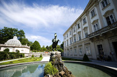 La fontana di Pegaso al palazzo di Mirabell a Salisburgo immagini stock libere da diritti