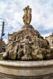 La fontana di tre tolleranze a Place de la Comedie Immagine Stock