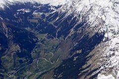 La forcella della strada di San Bernardino gira l'antenna, Svizzera Immagini Stock Libere da Diritti