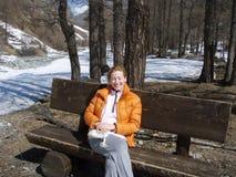 la foresta si distende l'inverno Fotografie Stock