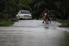 La forma de vida de la gente en la inundación masiva Fotos de archivo
