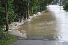La forma de vida de la gente en la inundación masiva Imagen de archivo libre de regalías