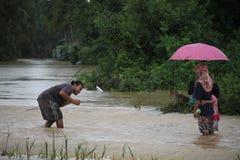 La forma de vida de la gente en la inundación masiva Foto de archivo