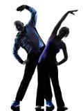 La forma fisica senior delle coppie esercita la siluetta Fotografia Stock Libera da Diritti