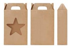 La forma marrone della stella della finestra della scatola ha tagliato il modello d'imballaggio, fondo bianco isolato cartone vuo Fotografie Stock Libere da Diritti