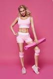 La forma sexy del corpo di forma fisica dei pilates di yoga di sport della donna di bellezza copre Immagine Stock Libera da Diritti