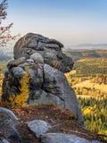 La formazione rocciosa della scimmia nel parco nazionale della montagna della Tabella, Polonia fotografia stock