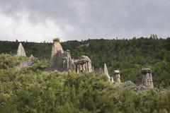 La formazione rocciosa ha chiamato i demoiselles dei les coiffee in valle di durance, Alta Provenza, Francia Immagine Stock Libera da Diritti