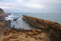 La forme de relief unique et le grand paysage de la côte du nord de Taïwan photographie stock