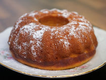 La forme ronde du ` s de petit gâteau Photo libre de droits