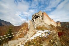 La forteresse de Dracula chez Poienari, Photo stock