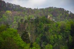 La forteresse de Poenari est le ch?teau de Vlad Tepes, prince de Wallachia m?di?val photos stock