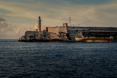 La fortezza famosa nella baia di Avana, Cuba Fotografie Stock