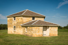 La fortificazione rivolta il fieno la capanna Immagini Stock Libere da Diritti