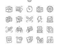 La foto Bien-hizo la línea fina rejilla 2x de los iconos 30 del vector a mano perfecto del pixel para los gráficos y Apps del web Fotos de archivo
