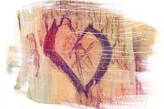 La foto di vecchio tronco di albero con cuore ha scolpito su  Valentine& x27; concetto di giorno di s fondo romantico Effetto di  Fotografia Stock