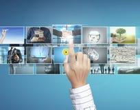 La foto digitale di previsione dell'uomo Immagini Stock Libere da Diritti