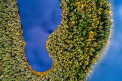 La fotografía aérea de los lagos, remata abajo de la visión Imágenes de archivo libres de regalías