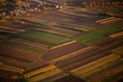 La fotografia aerea sistema misto con le foreste Fotografia Stock