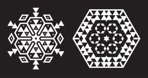 La fractale ethnique Mandala Vector ressemble au flocon de neige ou à la Maya Aztec illustration libre de droits