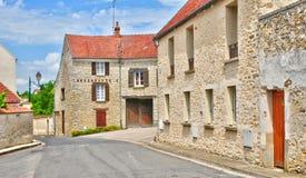 La Francia, il villaggio pittoresco del san Pere di Fontenay nei les Yv Fotografia Stock Libera da Diritti