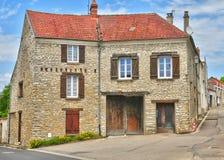 La Francia, il villaggio pittoresco del san Pere di Fontenay nei les Yv Fotografie Stock Libere da Diritti