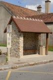 La Francia, il villaggio pittoresco di Auteuil le Roi Fotografie Stock Libere da Diritti